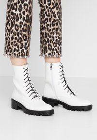 Who What Wear - LEXI - Platform ankle boots - prestine - 0