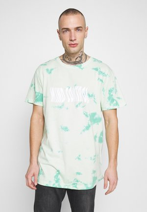 MIND CONTROL ROUNDED TEE - Print T-shirt - mint/white