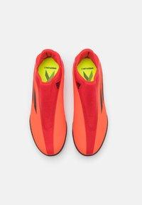 adidas Performance - X SPEEDFLOW.3 LL TF UNISEX - Kopačky na umělý trávník - red/core black/solar red - 3