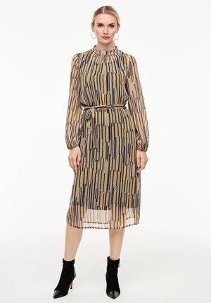 Day dress - multicolor stripes