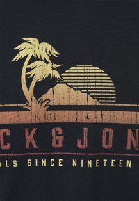 Jack & Jones - JORLAGUNA TEE CREW NECK - Print T-shirt - navy blazer - 2