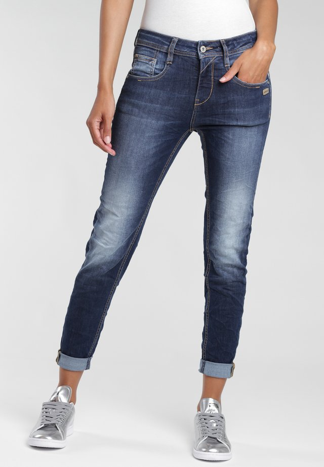 Relaxed fit jeans - no square wash
