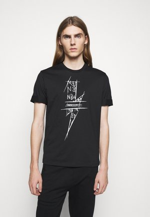 SCRIBBLE BOLT - T-shirts med print - black/white
