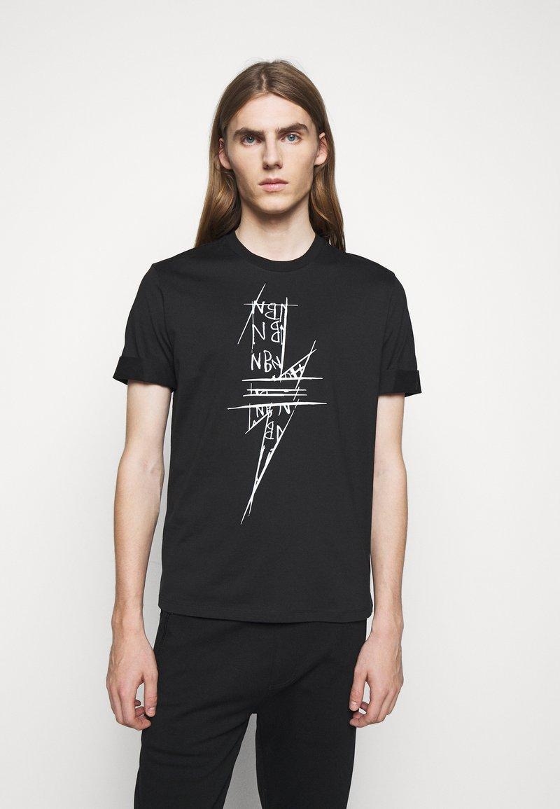 Neil Barrett - SCRIBBLE BOLT - T-shirt con stampa - black/white