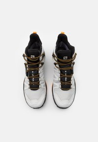 Salomon - X ULTRA 4 MID GTX - Chaussures de marche - lunar rock/magnet/buttersco - 3