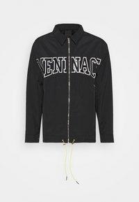 MENNACE ZIP UP COACH JACKET - Lehká bunda - black