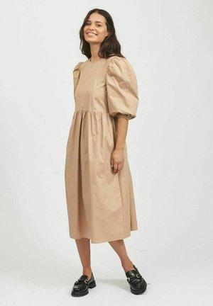 Vestito estivo - soft camel