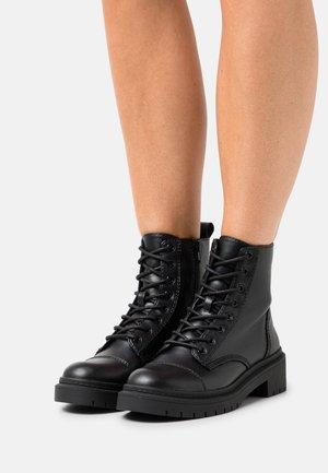 GOER - Bottines à lacets - other black