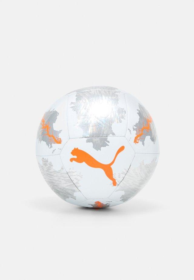 SPIN - Piłka do piłki nożnej - white shocking orange/vaporous gray