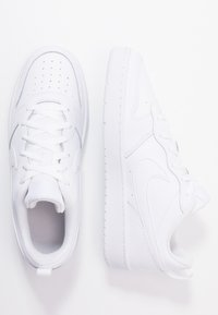 Nike Sportswear - COURT BOROUGH UNISEX - Trainers - white - 0