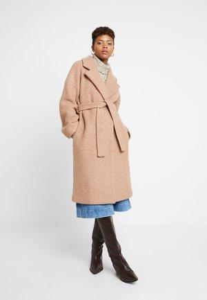 STIPA - Płaszcz wełniany /Płaszcz klasyczny - camel