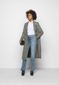 Frame Denim - LE DREW - Slim fit jeans - cascade blue - 1