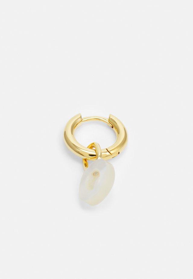 LUCID LETTER HUGGIE O - Oorbellen - gold-coloured
