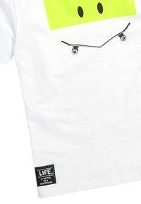Next - SKATEBOARD - Print T-shirt - white - 2