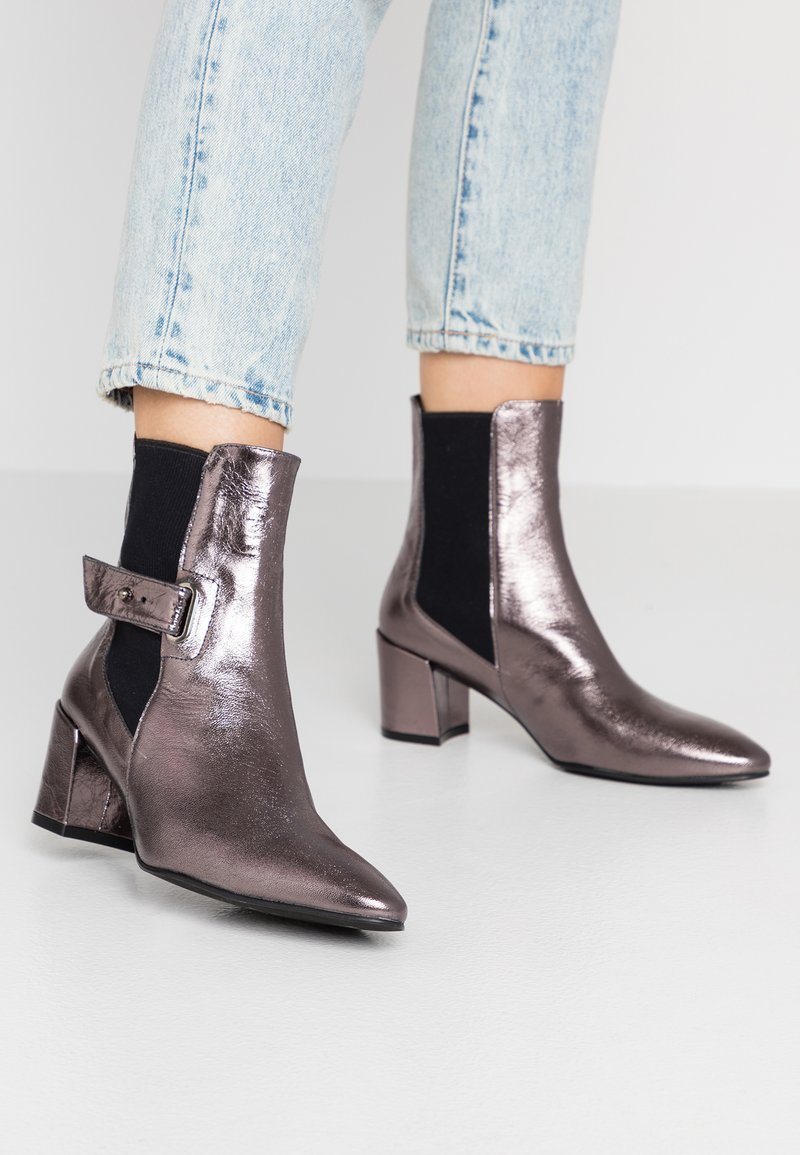 Paco Gil - VERONA - Classic ankle boots - chipre fucile