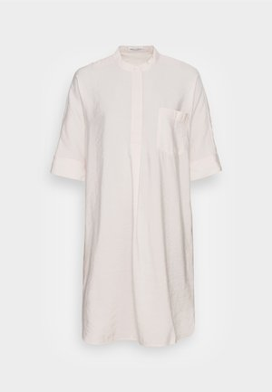 DRESS RELAXED FLUENT STYLE CHEST POCKET ROUNDED HEMLINE - Day dress - shaded sand
