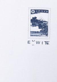 Edwin - FUJI SCENERY UNISEX - T-shirt imprimé - white - 2