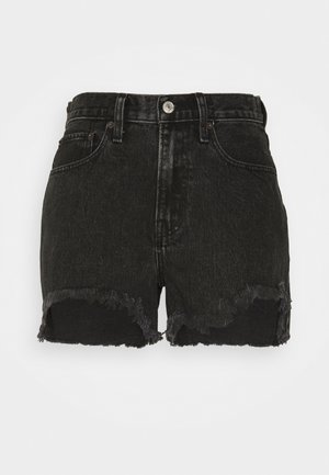 CURVE LOVE MID RISE BOYFRIEND - Denim shorts - black