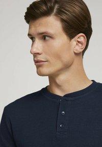 TOM TAILOR DENIM - Long sleeved top - sky captain blue - 3
