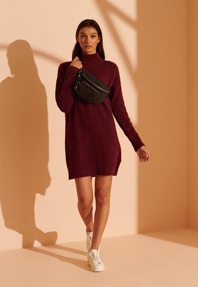 Jumper dress - claret