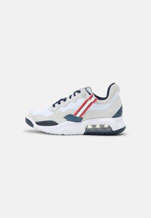 WOMENS JORDAN MA2 PSG - Sneakers laag - white/midnight navy/universal red/black/white