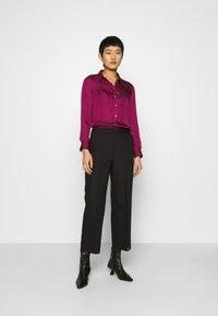 Banana Republic - DILLON SOFT  - Button-down blouse - raspberry - 1