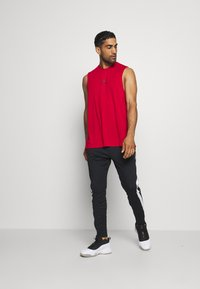 Jordan - AIR TOP - Funkční triko - gym red - 1