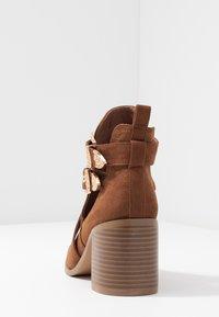 Miss Selfridge - CUT OUT - Ankle boots - tan - 5