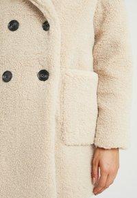 New Look Petite - LEAD IN BORG COAT - Cappotto invernale - cream - 5