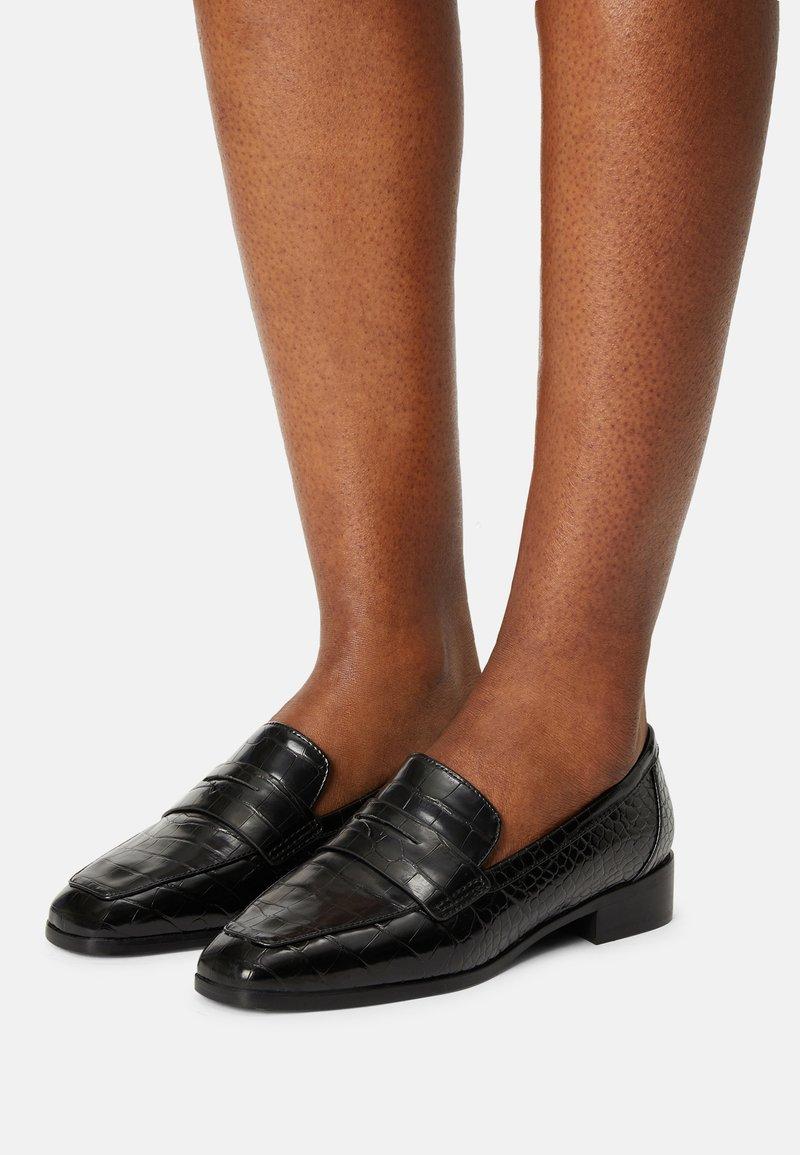 ALDO Wide Fit - GWIRANI - Nazouvací boty - black