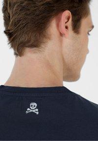 Scalpers - Print T-shirt - navy - 3