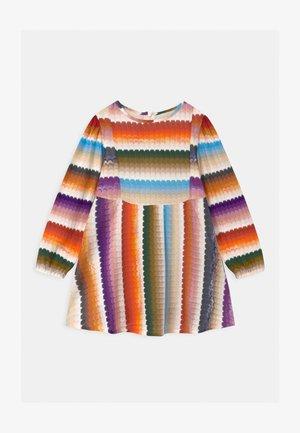 MANICA LUNGA CON TAGLI - Pletené šaty - multi-coloured