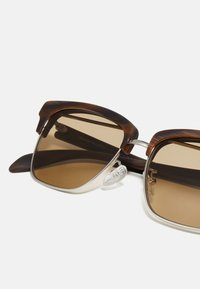 Alexander McQueen - UNISEX - Sunglasses - silver-coloured/brown - 2