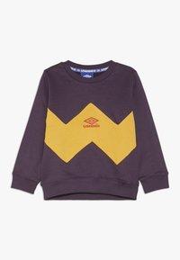 Umbro - RESORT KIDS CREW  - Sweatshirt - cosmos/haze/fig - 0
