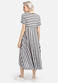 HELMIDGE - A-LINIEN-KLEID SOMMERKLEID - Day dress - grau - 1