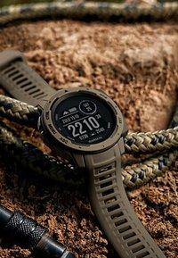 Garmin - Smartwatch - beige - 9
