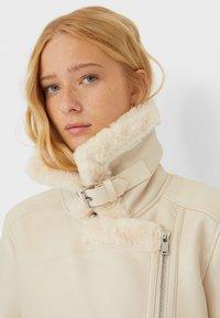 Stradivarius - DOUBLEFACE - Faux leather jacket - white - 3
