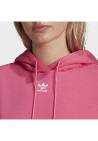 adidas Originals - TREFOIL ESSENTIALS HOODED - Jersey con capucha - pink, not defined - 4