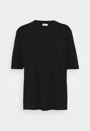 MATILDA V NECK TEE - Jednoduché triko - black