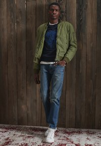 Superdry - Bomber Jacket - army green - 0