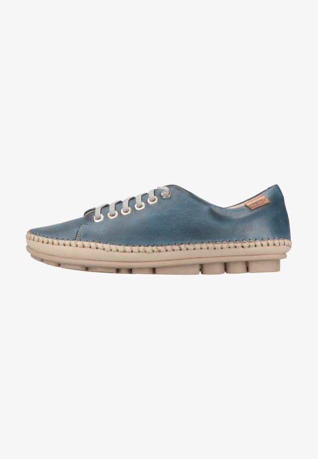 Sneakers laag - sapphire