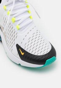 Nike Sportswear - AIR MAX 270 GS UNISEX - Zapatillas - white/hyper jade/black/light graphite - 5
