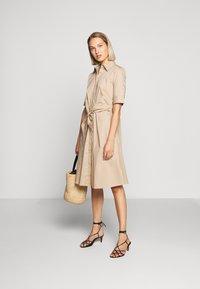 Lauren Ralph Lauren - SILKY DRESS - Vestido camisero - birch tan - 1