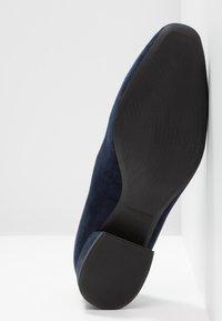 Vagabond - JOYCE - Klasické lodičky - dark blue - 6