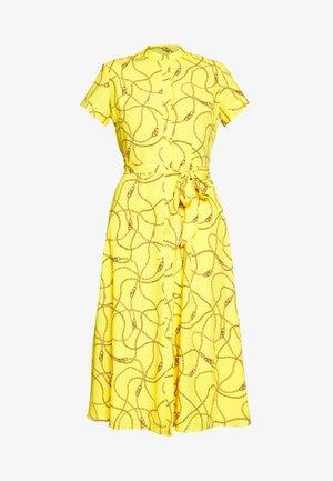 POLY DRESS - Sukienka koszulowa - dandelion fields