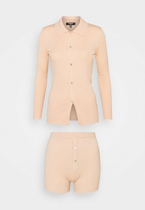 COLLAR CARDIGAN AND BUTTON - Cardigan - peach