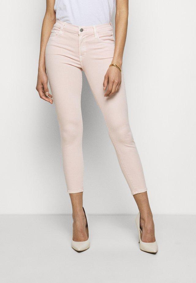 MID RISE CROP SKINNY - Jeans Skinny Fit - prairiee