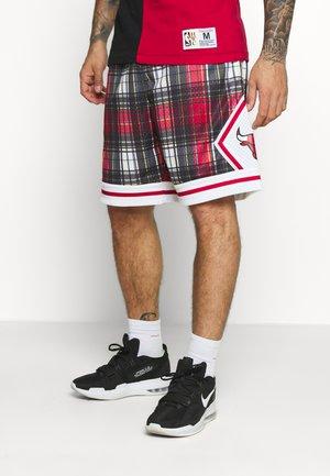 NBA CHICAGO BULLS PRIVATE SCHOOL SWINGMAN - Sportovní kraťasy - red