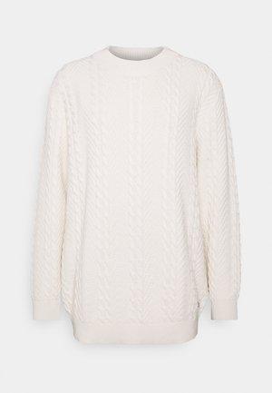 JPRBLUJULIAN CABLE HIGH NECK - Jumper - whisper white
