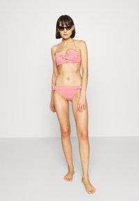 s.Oliver - WIRE BANDEAU SET - Bikini - red - 1